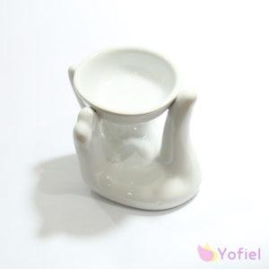 Keramická aromalampa Ruka je skvelá pre použitie s vonnými olejmi alebo vonnými voskami. Vďaka krásnej keramike je to tiež atraktívna dekorácia.