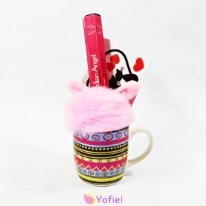 Darčeková sada Ružový hrnček je milý darček pre ženu či dievča...chlpatý prívesok, vonné tyčinky Stamford - Anjel ochranca dekoračná nálepka láska - mačky