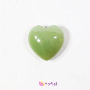 Chmatka srdce Avanturín Účinky: prináša lásku, štastie a nádej. Pozitívne vplýva na srdce, lieči vysoký krvný tlak. Prináša prosperitu a majetok.
