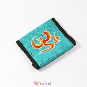 Konopná peňaženka - ÓM Vnútro peňaženky tvorí priehradka na bankovky, na mince a iné doklady. Materiál: 100% konope