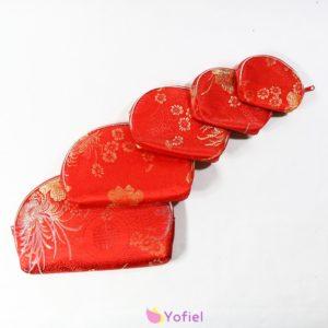 Orientálne kozmetické taštičky – sada 5 kusov - červené Kozmetické taštičky s orientálnym etno boho vzorom. Krásna farba a vzory.