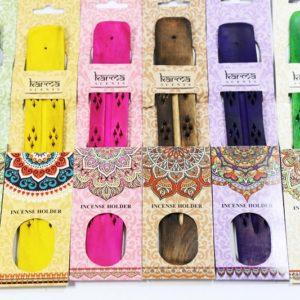 Karma drevený stojan na vonné tyčinky Mandala Stojan na vonné tyčinky v krásnom darčekovom balení v rôznych farbách.