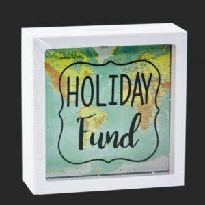 Pokladnička - Úspory na cestovanie Skvelý darček pre každého milovníka cestovania. Mince sa vkladajú z hornej strany. Svoje úspory možno vybrať