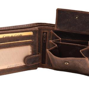 Pánska kožená peňaženka MERCUCIO Materiál: pravá hovädzia koža Rozmery: 12 x 10 x 2,5 cmKvalitná peňaženka pre pánov so zapínaním na kovový patent