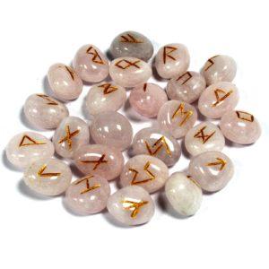 unové kamene - Ružení Runy boli často využívané na mágiu a na rituálne obrady. Runy pracujú s energiami, absorbujú ich a potom zase vysielajú
