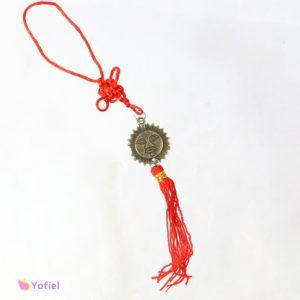 Vysiaci Feng Shui uzol SlnkoSlnko vo feng shui prináša pozitívnu energiu, radosť šťastie a vitalitu.