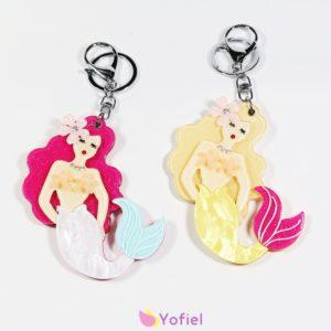 Kľúčenka Morská panna so zrkadielkom Prívesok na kľúče s motívom morskej panny a zrkadielkom.