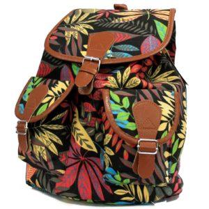 Veľký batoh Tropical s dvomi vonkajšími vreckami. Má aj dve vnútorné vrecká, jeden z nich so zipsom.Batoh má dostatok priestoru pre študentov