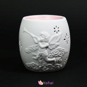 Aromalampa Anjel je skvelá pre použitie s vonnými olejmi alebo vonnými voskmi. Vďaka krásnej keramike je to tiež atraktívna dekorácia.