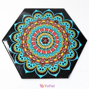 Keramická podložka Mandala Dekoračná keramická podložka so vzormi - mandala. Vhodná na aranžovanie jedla.