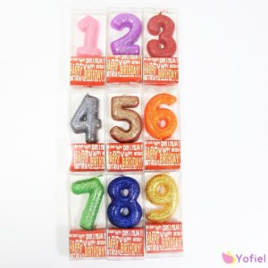 Trblietavé sviečky na tortu - narodeninové čísla Materiál: parafínRozmery: 5x3,5cm