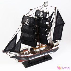 Dekoračná pirátska loď Námornícka dekorácia so stojanomMateriál: drevo, textil