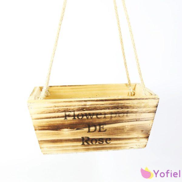 Drevený závesný kvetináč s vintage nápisom Materiál: drevo