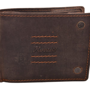 Pánska kožená peňaženka Mercucio hnedá Do prírodne spracovanej kože tejto pánskej peňaženky sme pridali trendový dizajn naoživenie